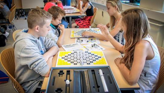 Gravity Board Games med spillet Hungry Higgs